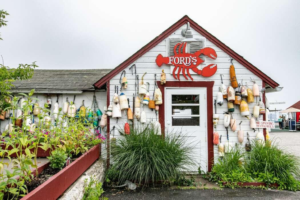 A guide to Coastal Connecticut seafood shacks