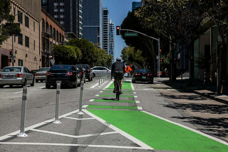 The route heads to Folsom and Hawthorne, where a photo depicts how the bike path is interrupted and becomes a shared space with cars.