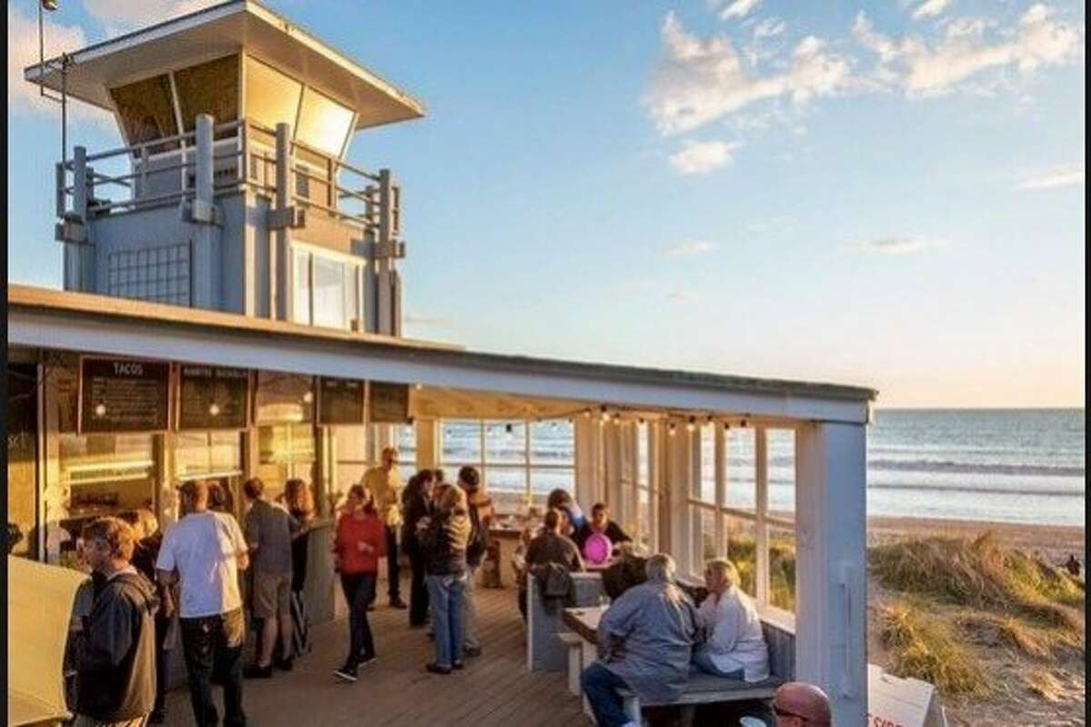 The Siren Canteen, a restaurant on Stinson Beach, serves customers on a recent weekend despite the government shutdown