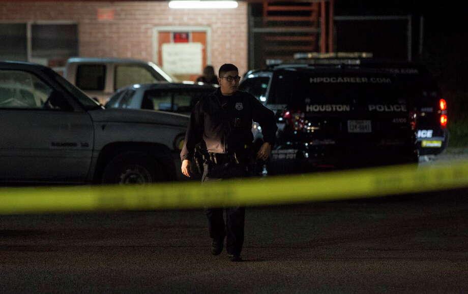 Man shot in face at north Houston motel - Beaumont Enterprise