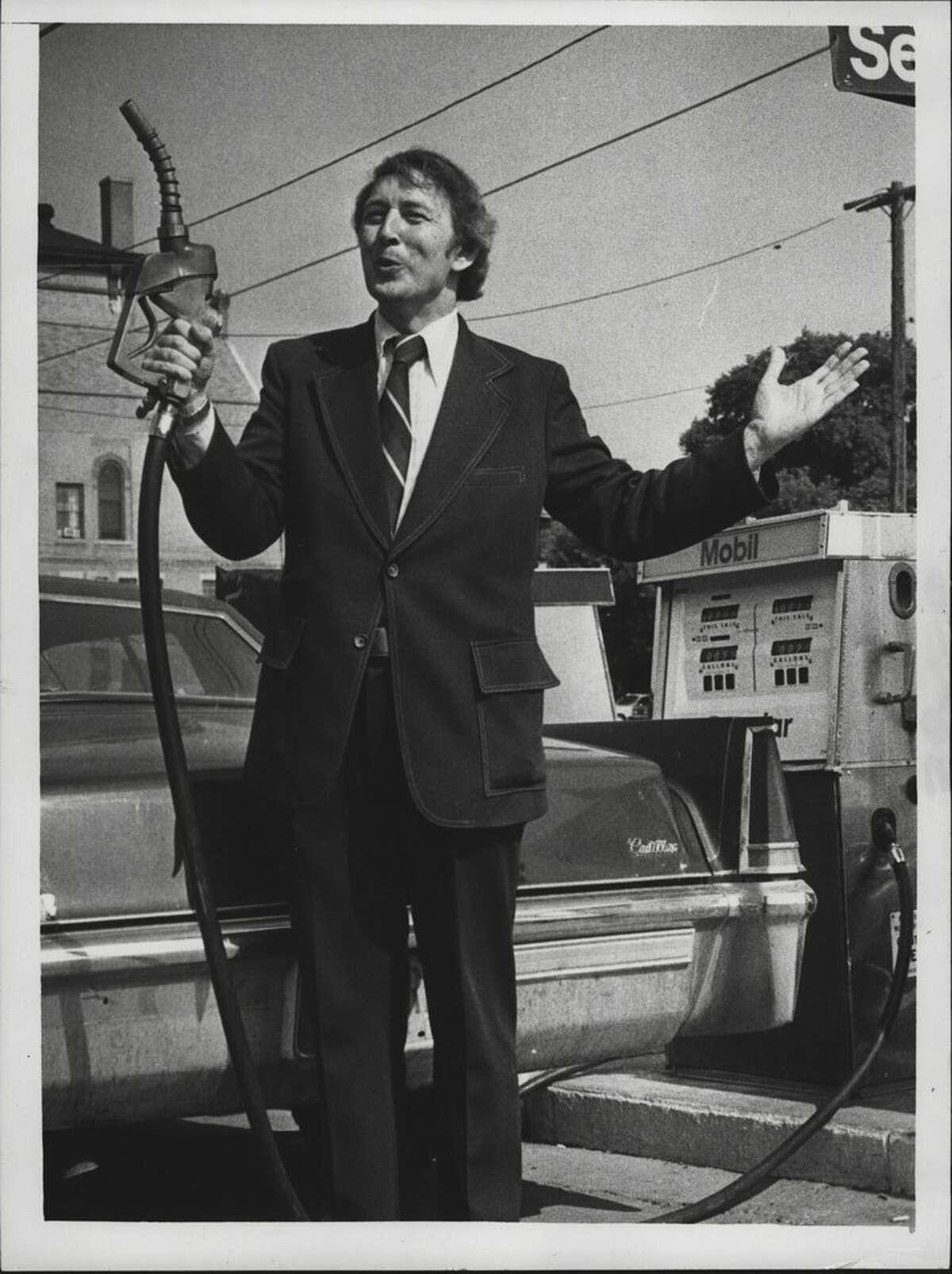 Mayor Raymond Watkin at a Saratoga, New York gas station. July 23, 1979 (Bob Richey/Times Union Archive)