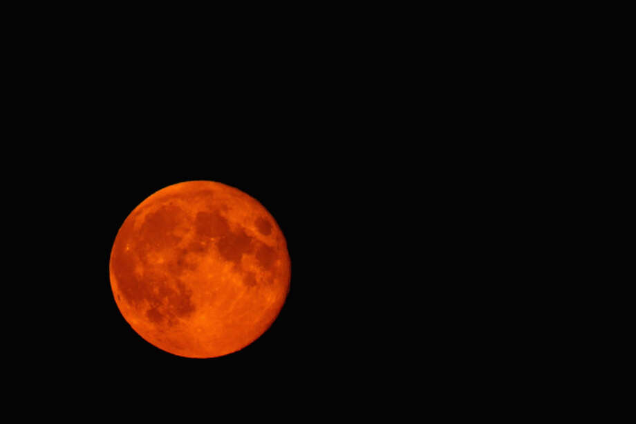 A Super Blood Wolf Moon Eclipse file photo. Expect to see this tonight — if Seattle's cloud coverage lets you. Photo: Getty Images
