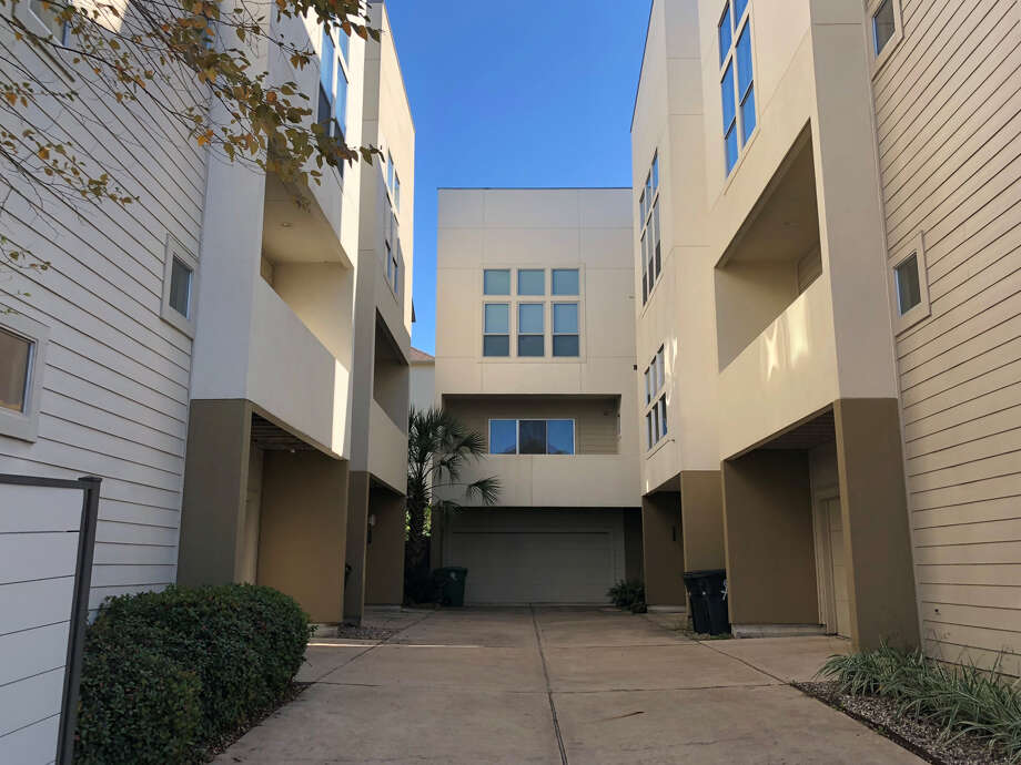 iBuyers that have been buying Houston homes are now moving into the mortgage market. Opendoor, which has been in the Houston market since July 2018, bought and listed a townhome in Rice Military. Photo: Nancy Sarnoff / Houston Chronicle