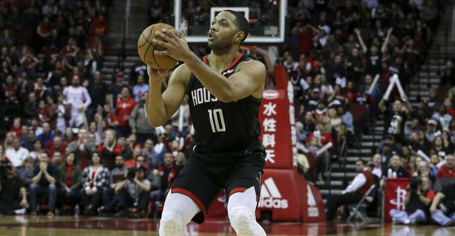 Houston Rockets guard Eric Gordon (10) aims for a three-pointer during the fourth quarter of the NBA game against the San Antonio Spurs at Toyota Center on Saturday, Dec. 22, 2018, in Houston. The Houston Rockets defeated the San Antonio Spurs 108-101. Photo: Yi-Chin Lee/Staff Photographer