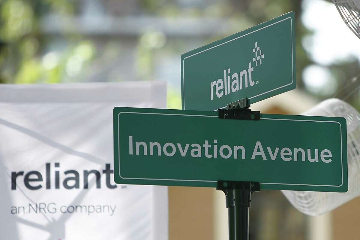 Reliant is among the retail electricity companies offering free power on weekends. Is it a good deal?