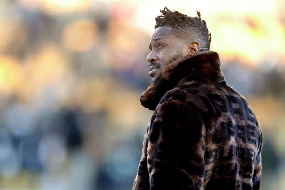 In this photo from Dec. 30, 2018, Pittsburgh Steelers wide receiver Antonio Brown stands on the sideline before an NFL football game against the Cincinnati Bengals, in Pittsburgh. Pittsburgh Steelers head coach Mike Tomlin says he's disappointed in the behavior of star wide receiver Antonio Brown but added the team has not received any formal trade request from Brown's camp. (AP Photo/Don Wright) Photo: Don Wright / Copyright 2018 The Associated Press. All rights reserved