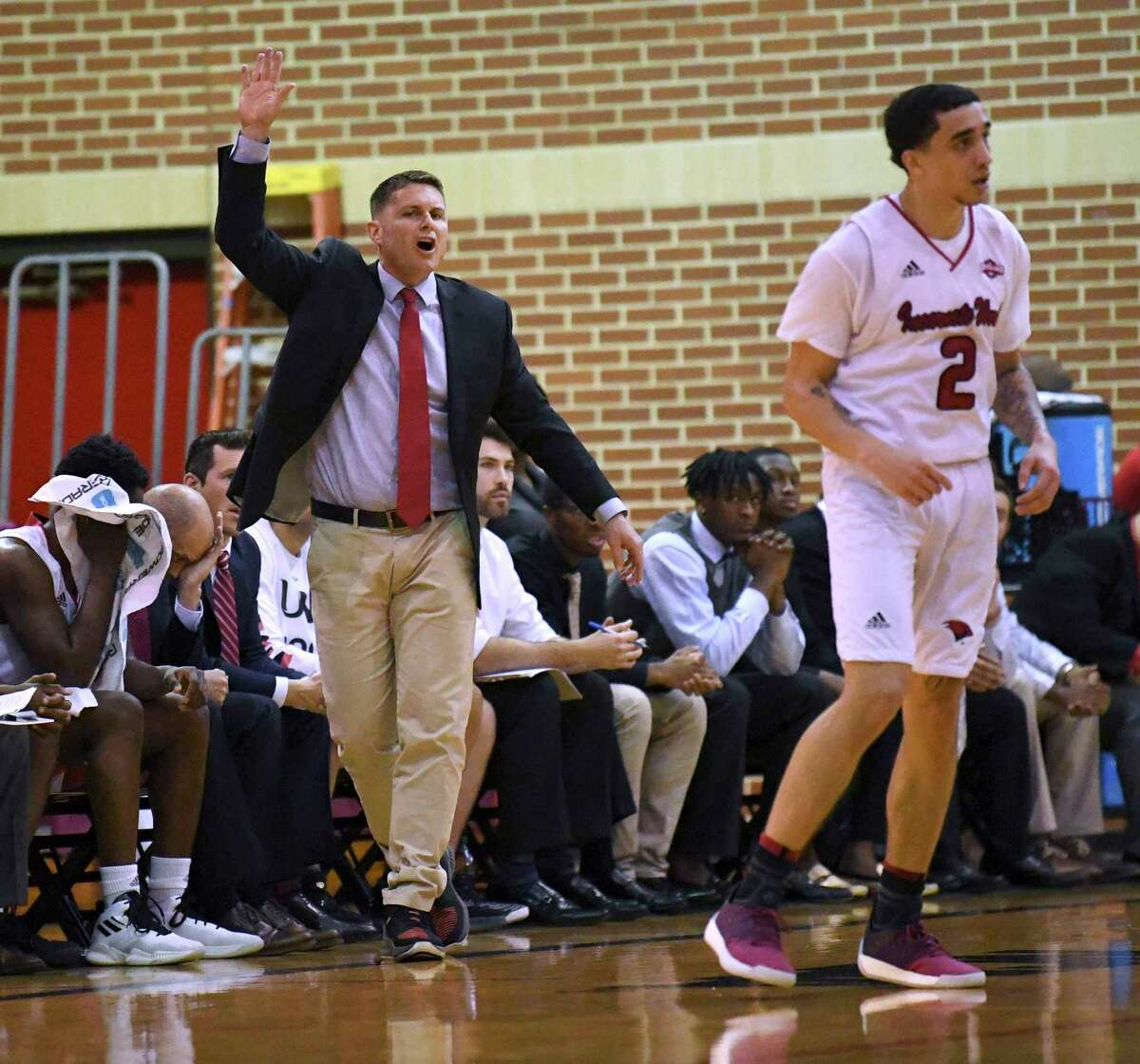 Incarnate Word coach Carson Cunningham shouts instructions to his team during college basketball action against Central Arkansas in the McDermott Convocation Center on Wednesday, Jan 16, 2019.