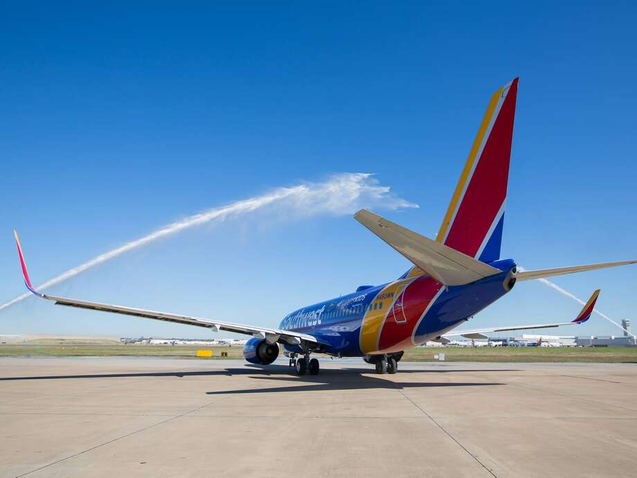 When you open a new personal Southwest credit card, you can earn the best-ever sign-up bonus offered for the cards: 30,000 points and an unlimited Companion Pass, which is valid for travel through 2019.The offer applies to all three of Southwest's personal cards, but it ends in a few short weeks on February 11. Photo: Southwest