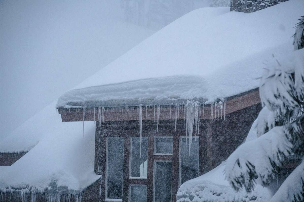 Heavenly Mountain reported 12 inches of snow in 24 hours Thursday morning.