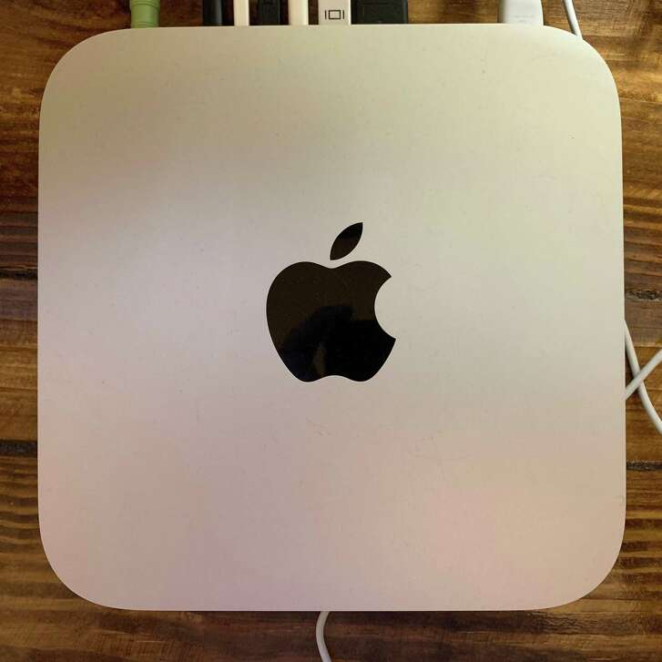 Apple's 2012 Mac mini is the last model that lets users upgrade both the memory and the storage.