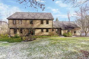 House of the Week: 204 Swift Road, Voorheesville   Realtor:   Judi Gabler of Gabler Realty    Discuss:  Talk about this house