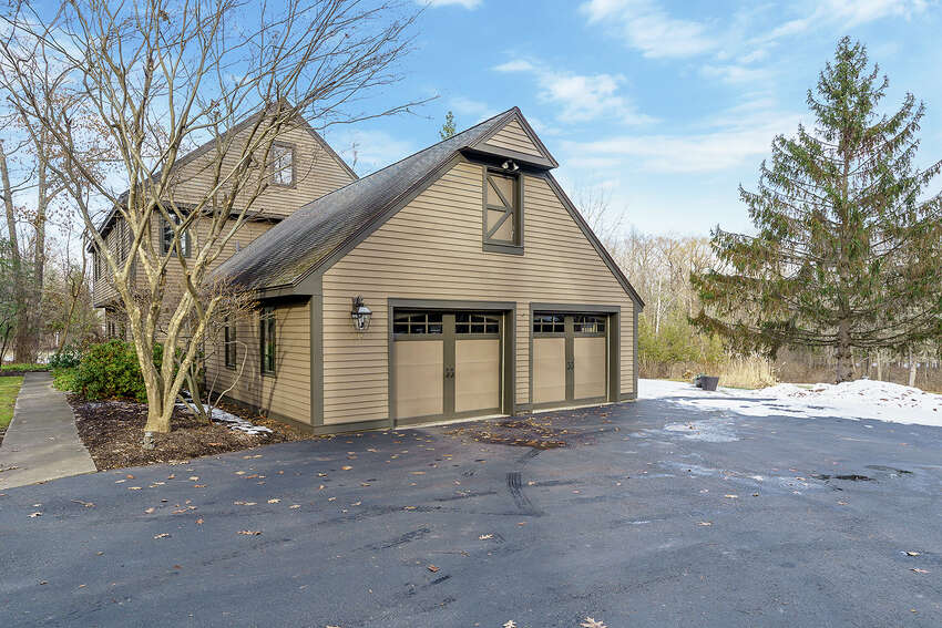 House of the Week: 204 Swift Road, Voorheesville | Realtor: Judi Gabler of Gabler Realty | Discuss: Talk about this house
