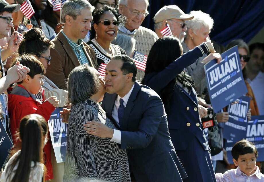 Julián Castro, former U.S. Department of Housing and Urban Development Secretary and former San Antonio Mayor, hugs his mother Rosie Castro before announcing his candidacy for president in 2020, at Plaza Guadalupe on Saturday in San Antonio. Photo: Edward A. Ornelas /Getty Images / 2019 Getty Images