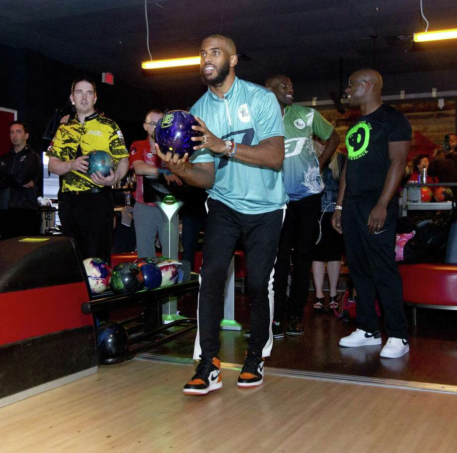Chris Paul of the Houston Rockets warms up as he prepares to compete in his annual CP3 PBA Celebrity Invitational at Bowlero The Woodlands, Thursday, Jan. 17, 2019, in The Woodlands. Photo: Jason Fochtman, Houston Chronicle / Staff Photographer / © 2019 Houston Chronicle