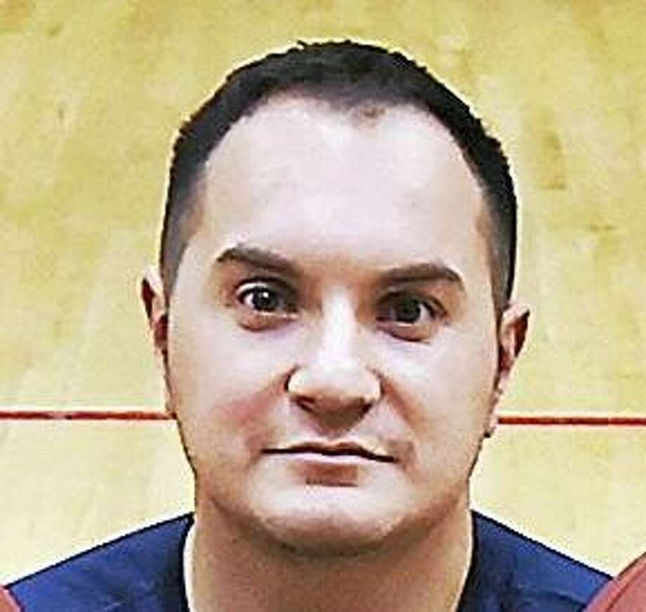 Girls basketball coach Mike Maratea was fired on Wednesday by Lauralton Hall for alleged inappropriate comments made. Photo: Hearst Connecticut Media File Photo / Catherine Avalone/New Haven Register