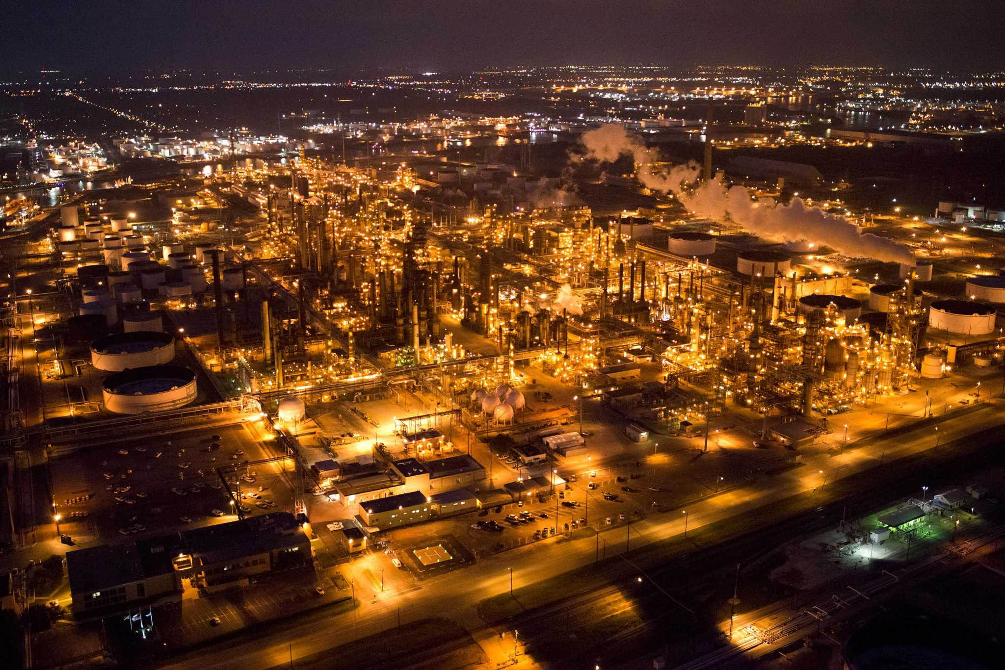 Huge shift to cleaner fuels a jackpot for Texas energy