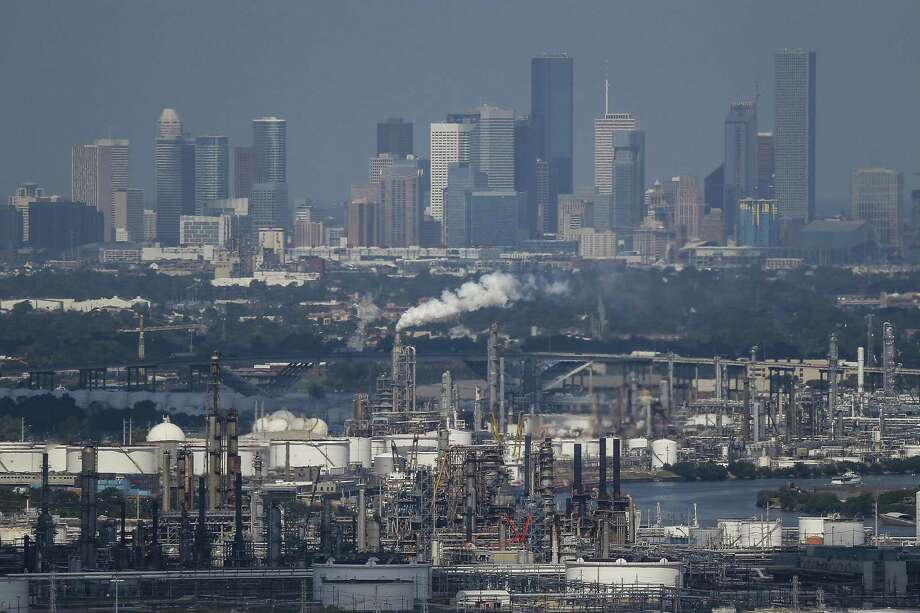 The Greater Houston Partnership will host an upcoming forum on the petrochemical industry next month. Photo: Michael Ciaglo, Staff / Houston Chronicle / © 2016  Houston Chronicle