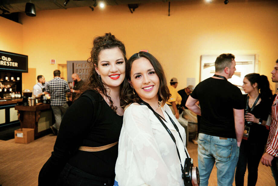 The San Antonio Cocktail Conference started off with a 'buzz' on Thursday as party goers cheered on opening night. Photo: Chavis Barron