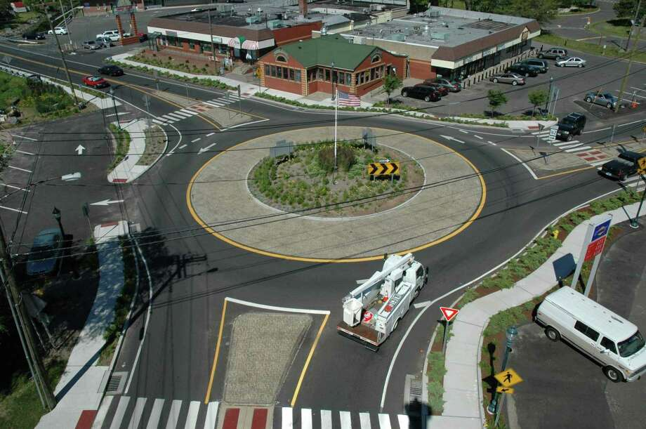 A modern roundabout in West Haven, with a diameter of about 110 feet. The proposed roundabout in Guilford would be approximately 140 feet in diameter. Photo: Contributed Photo / DOT