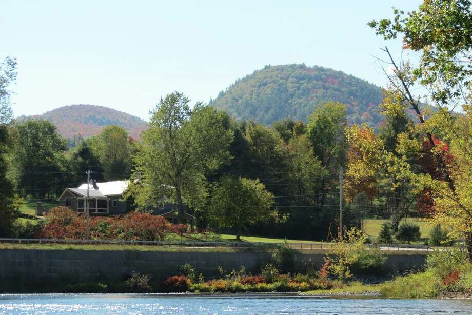 Adirondacks: Warrensburg, Warren County Photo: Airbnb.com