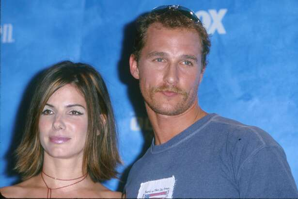 Sandra Bullock & Matthew McConaughey during The 1st Annual Teen Choice Awards at Barker Hangar in Santa Monica, California, United States. (Photo by SGranitz/WireImage)