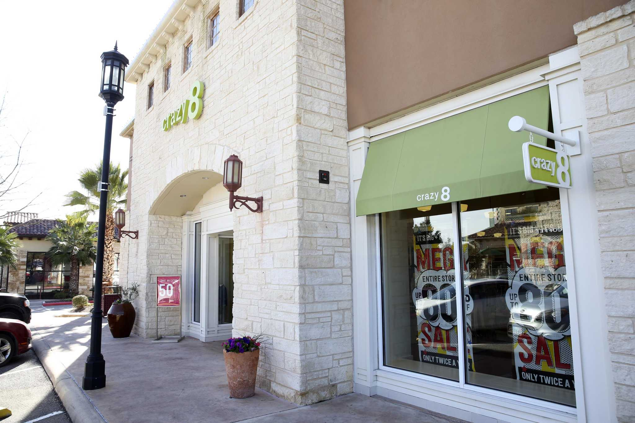 Retail roundup: Gymboree stores closing, Alamo Drafthouse upgrades and more