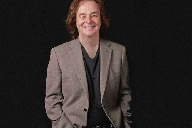 Colin Blunstone, lead singer of The Zombies, plays Daryl's House in Pawling, N.Y., on Jan 31.