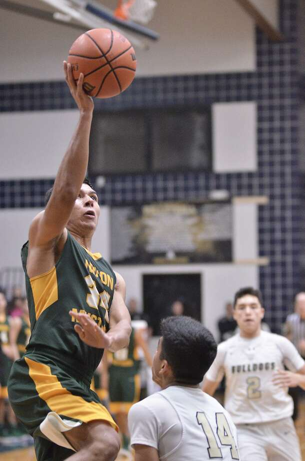 Martin Tovar and Nixon look to bounce back after suffering back-to-back district losses for the first time since the 2013-14 season. Photo: Cuate Santos /Laredo Morning Times / Laredo Morning Times