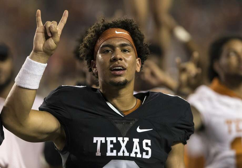 AUSTIN, TX - APRIL 21:  Casey Thompson #8 of the Texas Longhorns stands for The Eyes of Texas after the Orange-White Spring Game at Darrell K Royal-Texas Memorial Stadium on April 21, 2018 in Austin, Texas.  (Photo by Tim Warner/Getty Images) Photo: Tim Warner/Getty Images