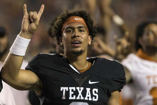 AUSTIN, TX - APRIL 21: Casey Thompson #8 of the Texas Longhorns stands for The Eyes of Texas after the Orange-White Spring Game at Darrell K Royal-Texas Memorial Stadium on April 21, 2018 in Austin, Texas. (Photo by Tim Warner/Getty Images)