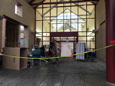 Westover Magnet Elementary School In Stamford Conn Being Remediated For Mold