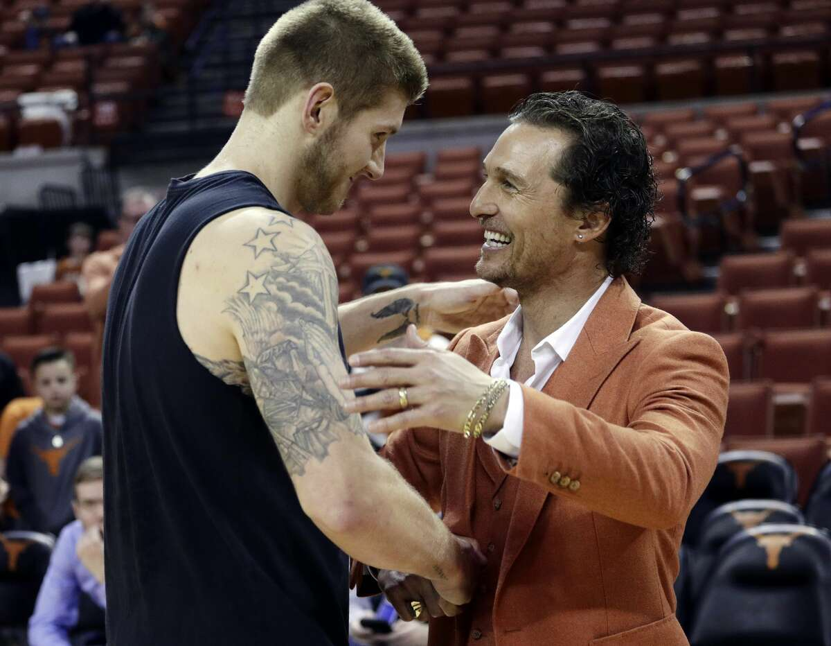 PHOTOS: Matthew McConaughey at Longhorns sporting events Actor Matthew McConaughey, right, visits with Texas forward Dylan Osetkowski before the team's NCAA college basketball game against Oklahoma in Austin, Texas, Saturday, Jan. 19, 2019. (AP Photo/Eric Gay) Browse through the photos above for a look at Matthew McConaughey cheering on his Longhorns at various sporting events ...