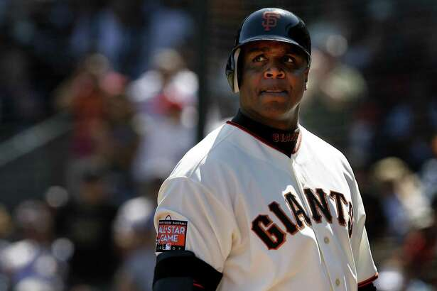 Barry Bonds looks back after popping up in foul territory in the 8th inning. Giants vs. Washington Nationals in final game of a four game series at AT&T Park.