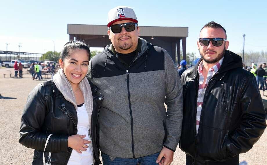 Laredoans head out to the Crimestopper's 24th annual Menudo Bowl at the L.I.F.E. grounds. Photo: Danny Zaragoza/Laredo Morning Times