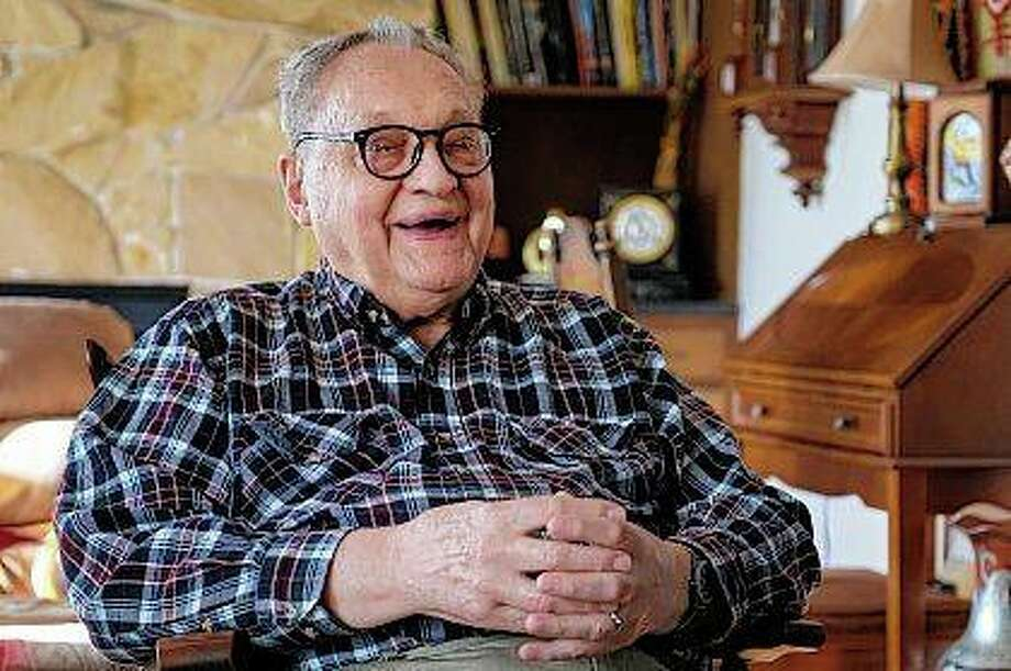 Retired Southern Illinois University Carbondale physicist and professor Walter Henneberger reflects on his time at the university. Theories he proposed in the 1960s have sparked new experiments, even this year. Photo: Byron Hetzler | The Southern (AP)
