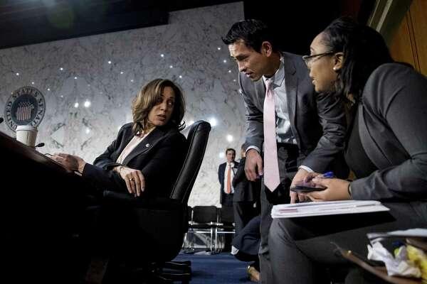 Sen Kamala Harris Of California Vaults Into 2020 Presidential Campaign Sfchronicle Com