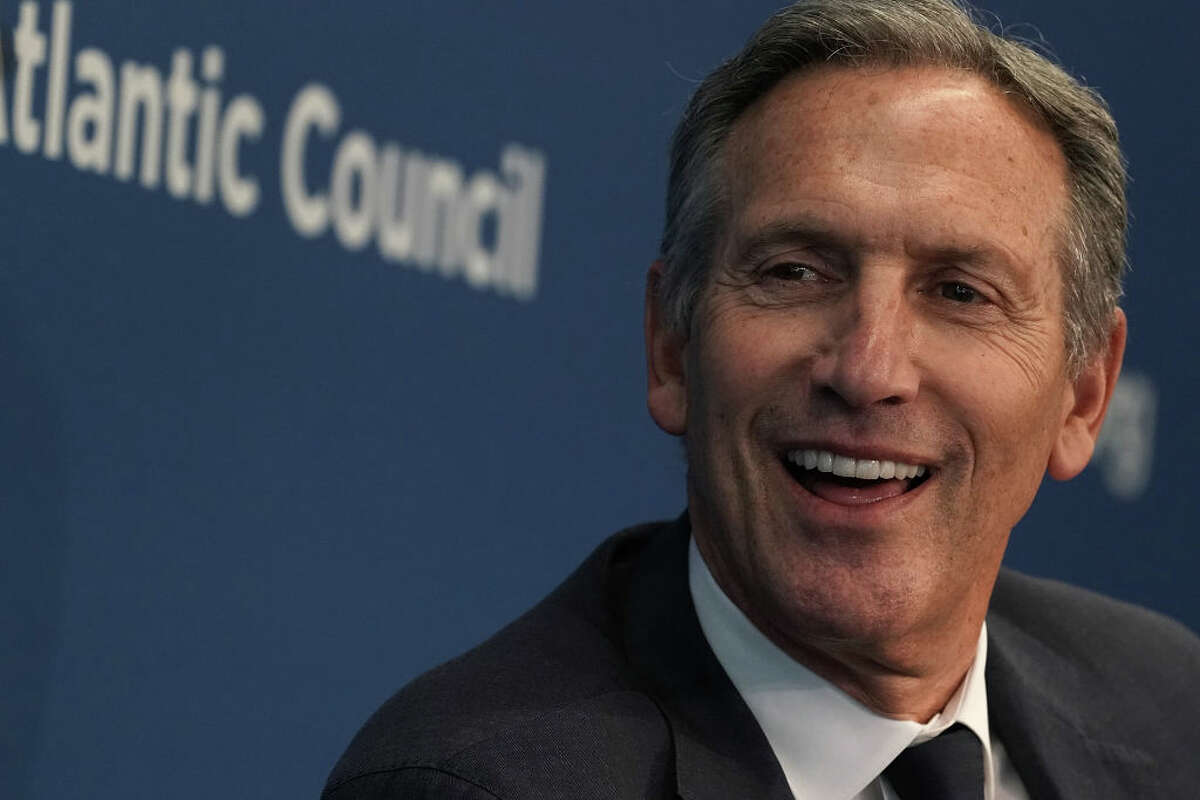 WASHINGTON, DC - MAY 10: Executive Chairman of Starbucks Corporation Howard Schultz participates in a discussion at the Atlantic Council May 10, 2018 in Washington, DC. The Atlantic Council held a discussion on