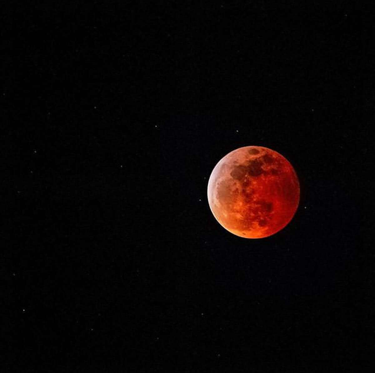 @gcmak took this shot from Lands End of the Super Blood Wolf Moon Lunar Eclipse on Sunday, January 20, 2019.