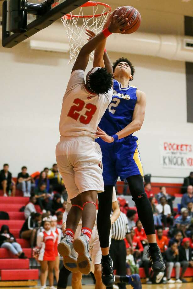 Clemens' Kavon Booker (right) blocks a shot by Judson's Amarea Bailey-Davis during the second half of their District 26-6A boys basketball game at Judson on Friday, Jan. 18, 2019. Clemens beat Judson 80-73. Photo: Marvin Pfeiffer, Staff Photographer / Express-News 2019