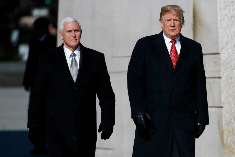 President Donald Trump and Vice President Mike Pence visit the Martin Luther King Jr. Memorial, Monday, Jan. 21, 2019, in Washington. Photo: Evan Vucci, AP / Copyright 2019 The Associated Press. All rights reserved.