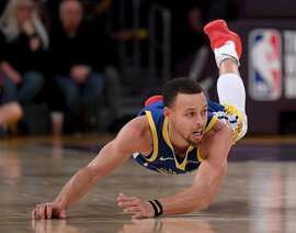 LOS ANGELES, CALIFORNIA - JANUARY 21:  Stephen Curry #30 of the Golden State Warriors watches his tip pass during a 130-111 win over the Los Angeles Lakers at Staples Center on January 21, 2019 in Los Angeles, California.  NOTE TO USER: User expressly acknowledges and agrees that, by downloading and or using this photograph, User is consenting to the terms and conditions of the Getty Images License Agreement. (Photo by Harry How/Getty Images)