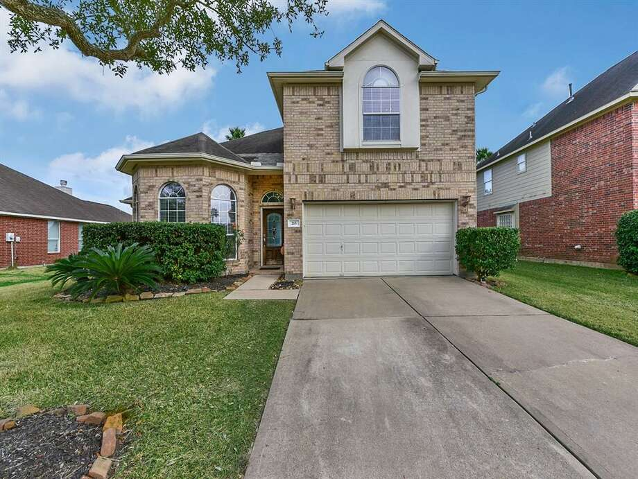 PEARLAND:215 Walnut Cove Listing price: $292,500 Square feet: 2,429 Price per square foot: $120 Photo: Houston Association Of Realtors