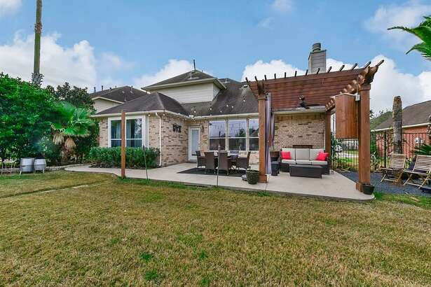 PEARLAND: 215 Walnut Cove Listing price: $292,500 Square feet: 2,429 Price per square foot: $