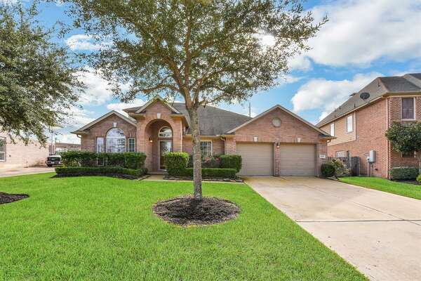 SUGAR LAND: 21515 Masonwood (Richmond) Listing price: $290,000 Square feet: 3,318 Price per square foot: $87