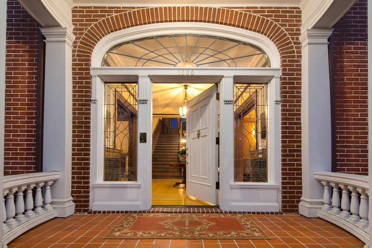 With preserved history and modern luxury, the Eckstein Estate on Capitol Hill asks $7.5M
