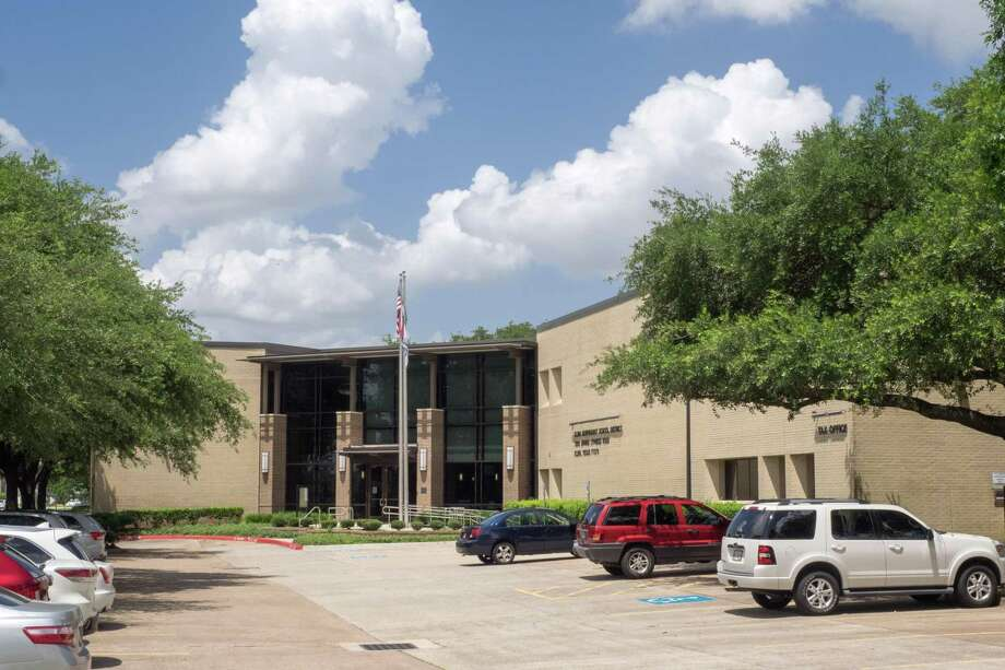 The Klein Independent School District holds regular school board meetings in the Klein ISD Central Office onSpring Cypress Road. Photo: Courtesy Of Klein ISD / Klein ISD