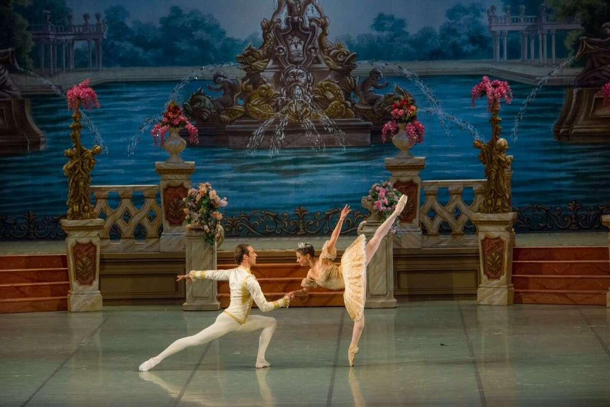 Top-flight dancers perform in