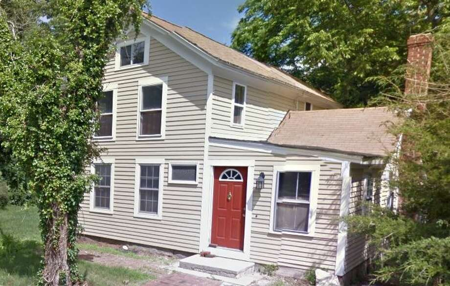 102 Glenwood Road in Clinton recently sold for $208,000. Photo: Google Street View