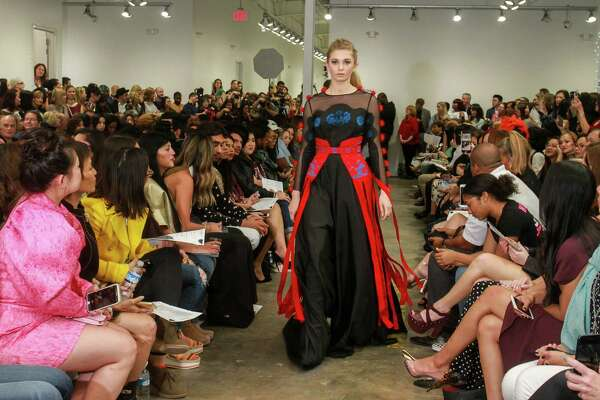 Designers Find A Platform At New Fashion Event Houstonchronicle Com