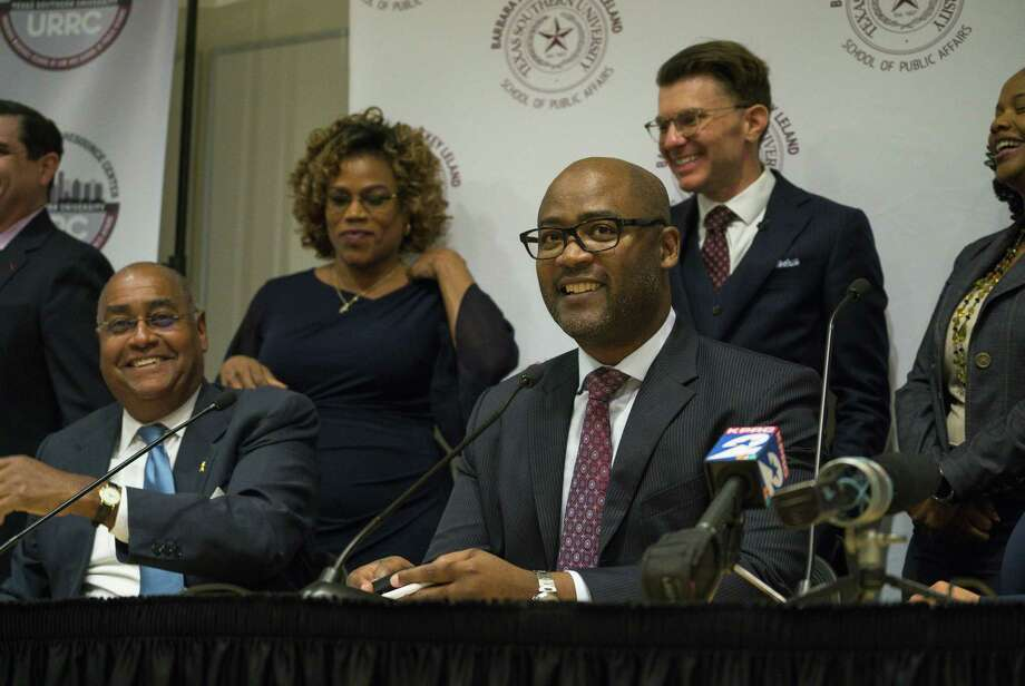 Darrell Jordan, the presiding judge of the Harris County Criminal Courts of Law, talks about a new rule, Local Rule 9.1, that will allow reform the county's current cash bail system Thursday. The new rule allows qualifying misdemeanor arrestees to be released on a personal bond rather than a cash bond. Bexas should consider such reform. Photo: Mark Mulligan /Staff Photographer / © 2019 Mark Mulligan / Houston Chronicle